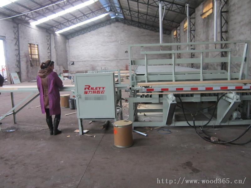 供应橡胶木拼板机