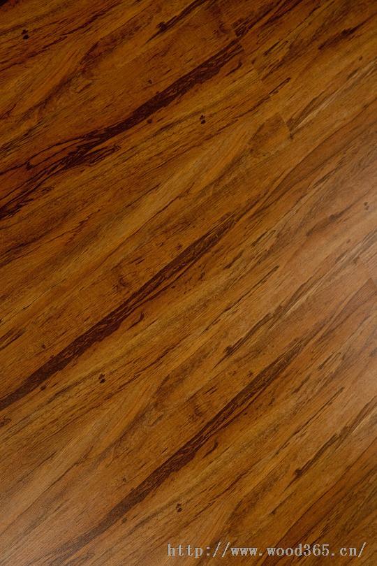 抗褪色强化地板
