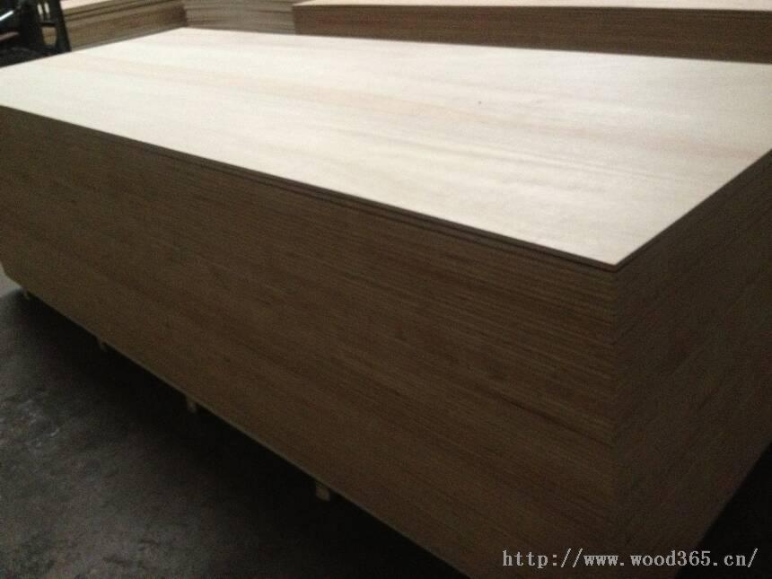 大尺寸木饰面板