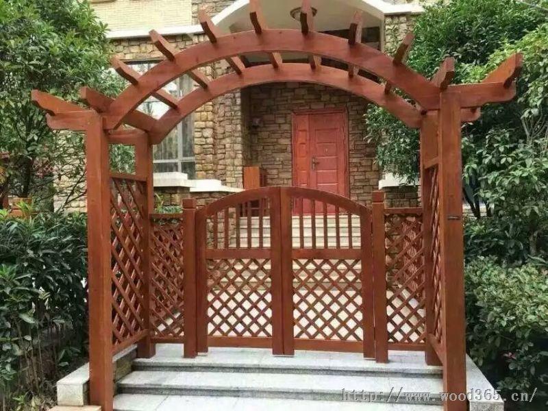 供应青岛防腐木碳化木拱门、庭院入户门--青岛雅居庭院景观