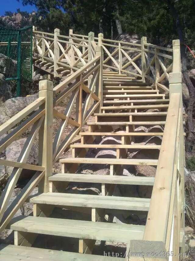 上门测量设计防腐木户外楼梯--青岛雅居庭院防腐木公司